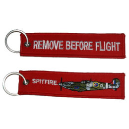 Klíčenka REMOVE BEFORE FLIGHT / SPITFIRE